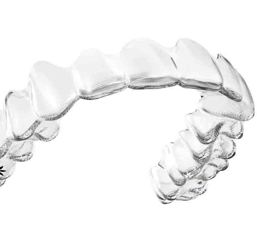 Traitement adulte invasilign - orthodontie Lyon Croix-Rousse
